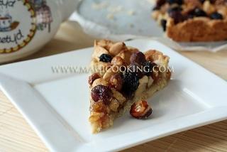 """Голландский яблочный пирог """"Appel-noten taart"""""""