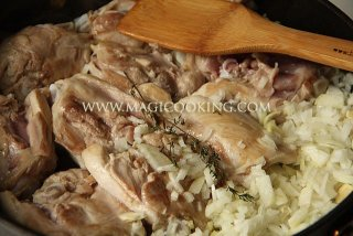 Курица с фасолью