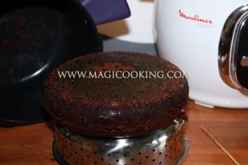 "Торт ""Шоколад на кипятке"" в мультиварке Moulinex cook4me"
