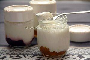 Йогурт с джемом в йогуртнице