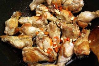 Куриные крылышки пикантные