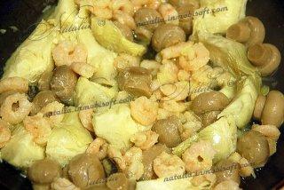 салат с артишоками и креветками