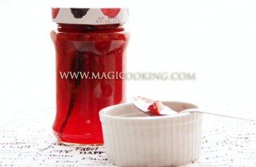 Клубничное варенье пятиминутка с ванилью и мятой