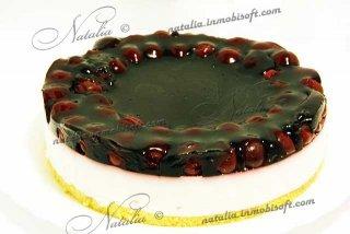 Торт творожный с черешней