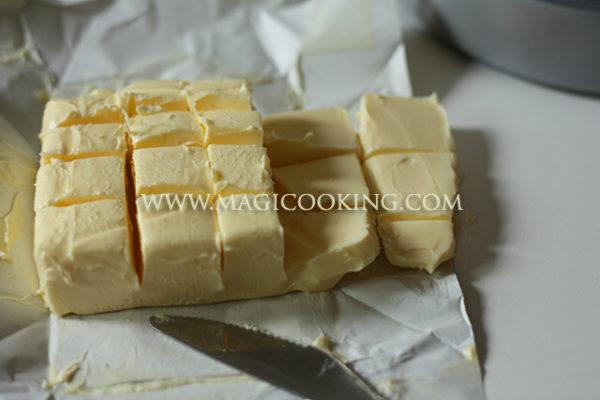 Krem masljanyj na belkah, shvejcarskaja merenga, Swiss Meringue Buttercream, krem dlja vyravnivanija, krem dlja roz, krem dlja tjul'panov, krem pod mastiku, krem sochetaetsja s mastikoj, kremovyj tort s mastichnym dekorom, vkusnyj krem, ideal'nyj krem, poshagovyj recept krema, poshagovyj recept, magija kulinarii, tort na zakaz, niderlandy, utreht, vypechka, mul'tivarka recepty, pp recepty, detskoe menju, poshagovye recepty tortov, Крем масляный на белках, швейцарская меренга, Swiss Meringue Buttercream, крем для выравнивания, крем для роз, крем для тюльпанов, крем под мастику, крем сочетается с мастикой, кремовый торт с мастичным декором, вкусный крем, идеальный крем, пошаговый рецепт крема, пошаговый рецепт, магия кулинарии, торт на заказ, нидерланды, утрехт, выпечка, мультиварка рецепты, пп рецепты, детское меню, пошаговые рецепты тортов,
